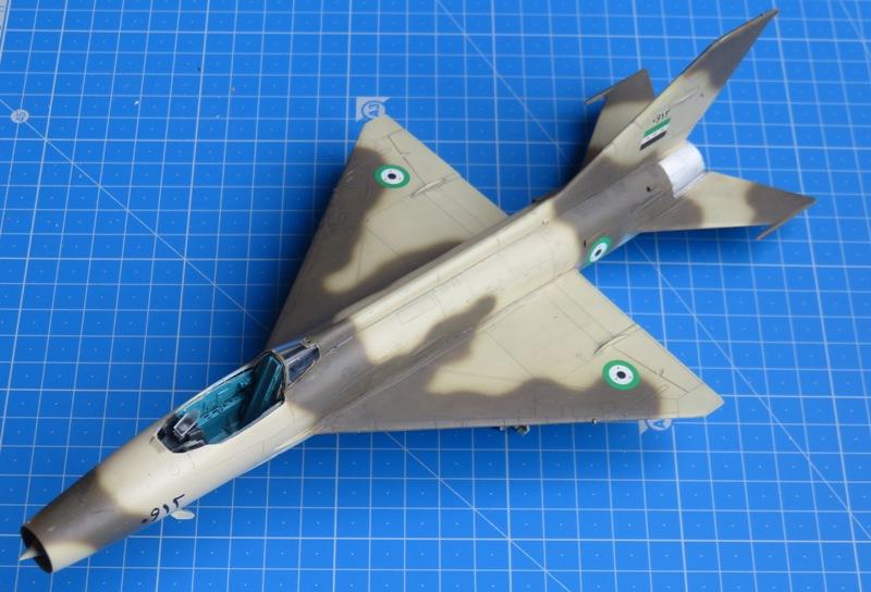 MiG-21F-13 [TRUMPETER 1/48] : Résurrection partie 1 Img_7627