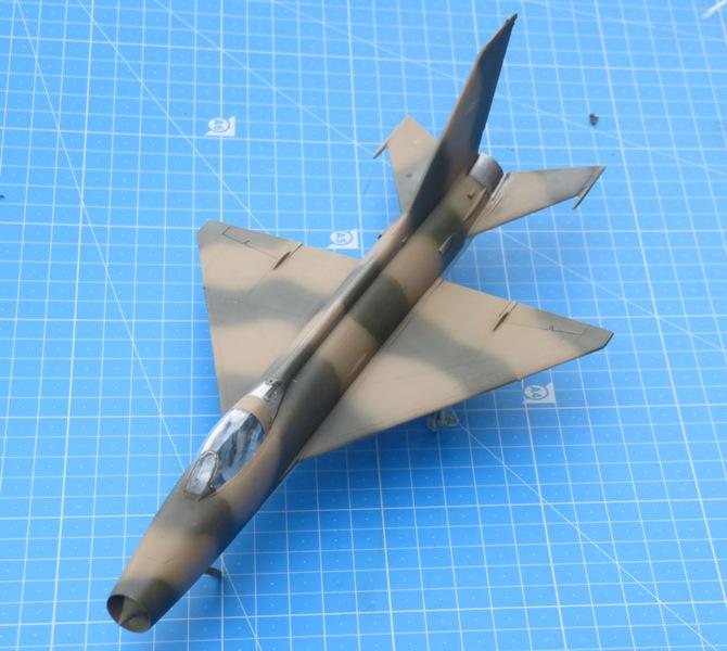 MiG-21F-13 [TRUMPETER 1/48] : Résurrection partie 1 Img_7716