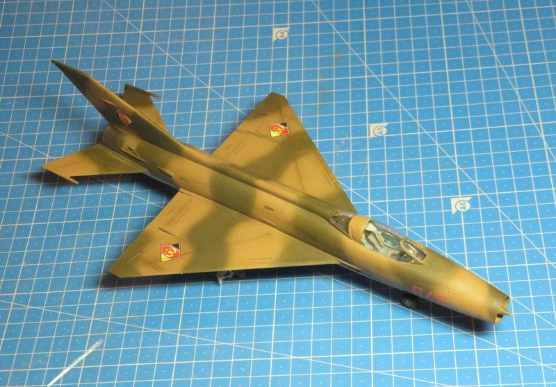 MiG-21F-13 [TRUMPETER 1/48] : Résurrection partie 1 Img_7722