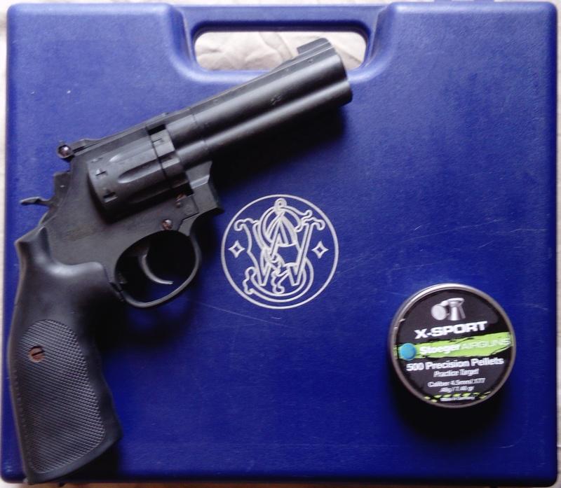 """Carton du jour Smith & Wesson 586 4""""  Dsc_0214"""