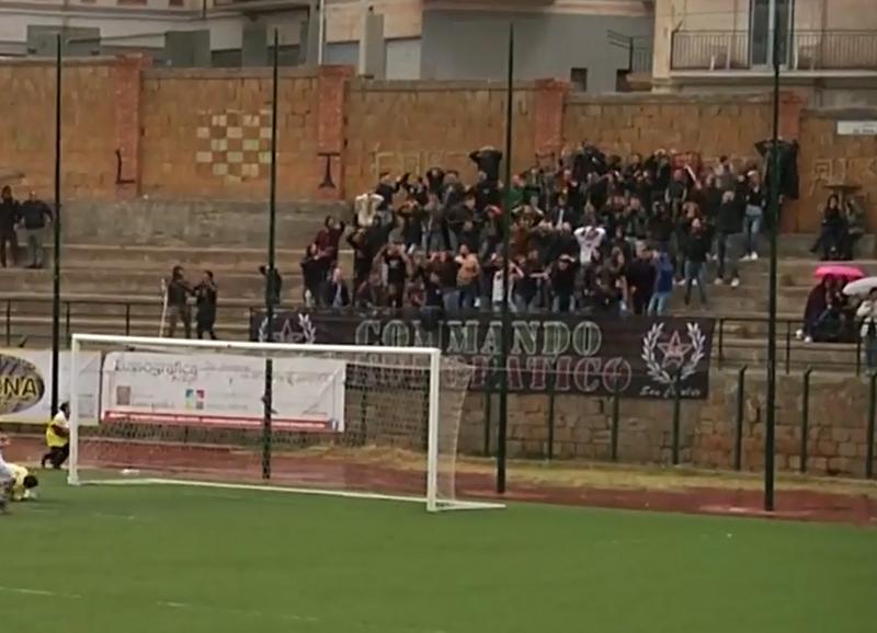 Stagione Ultras 2017-2018 - Pagina 2 B21