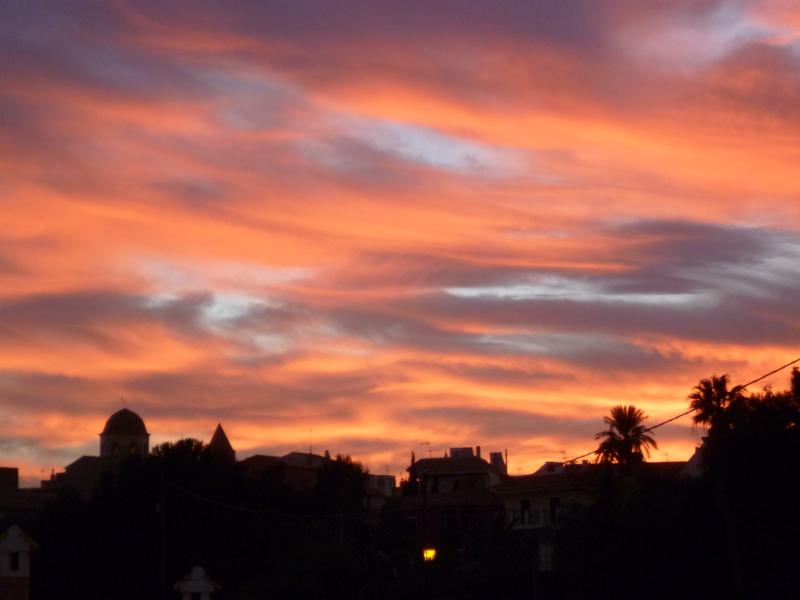 Beaux ciels, crépuscules  et nuages  P1080211