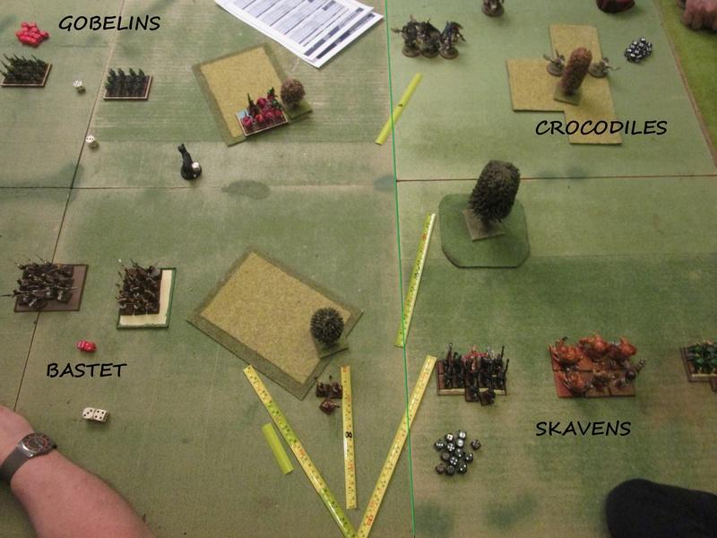 Dragon rampant : chats contre gobs ; crocos contre skavens Img_0788