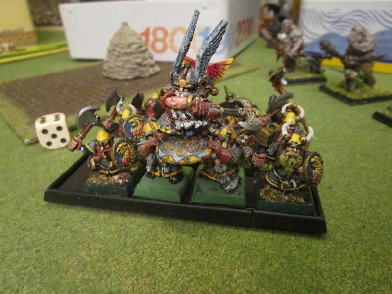 Nains contre gobelins à dragon marrant Img_1330