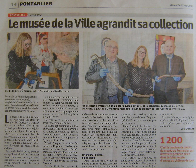 La collection d'armes anciennes du château de Joux - Page 2 Dsc03010