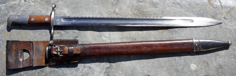 Quelques paquetages, armes et équipements suisses. Pionni12