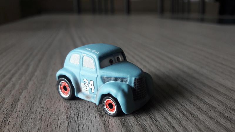 """Mini Racers Diecast : """" Le côté Miniature de la Force """" 20171122"""