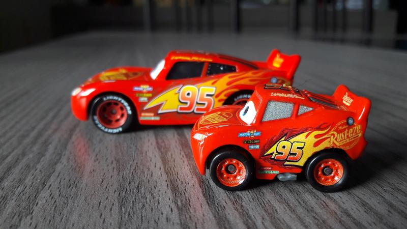 """Mini Racers Diecast : """" Le côté Miniature de la Force """" 20171130"""