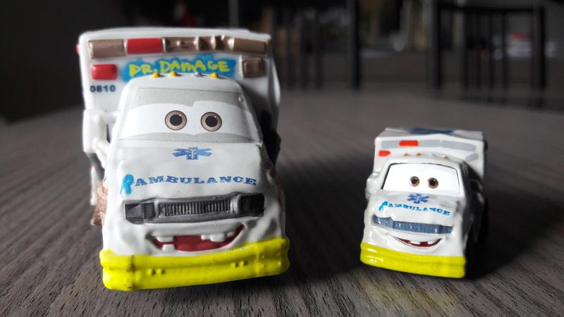 """Mini Racers Diecast : """" Le côté Miniature de la Force """" 20171136"""