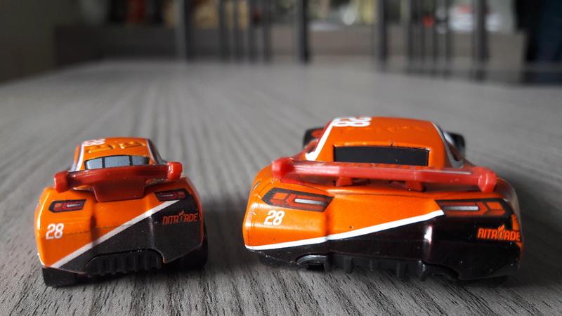 """Mini Racers Diecast : """" Le côté Miniature de la Force """" 20171141"""