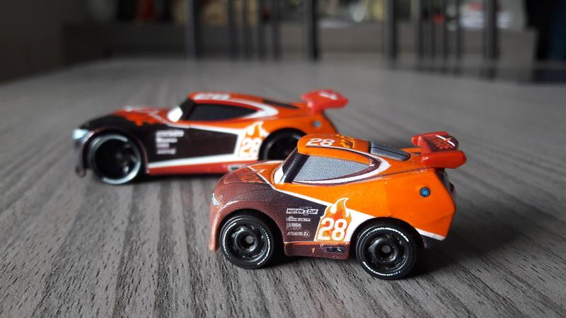 """Mini Racers Diecast : """" Le côté Miniature de la Force """" 20171142"""