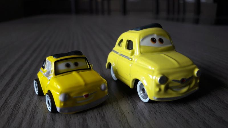 """Mini Racers Diecast : """" Le côté Miniature de la Force """" 20171148"""