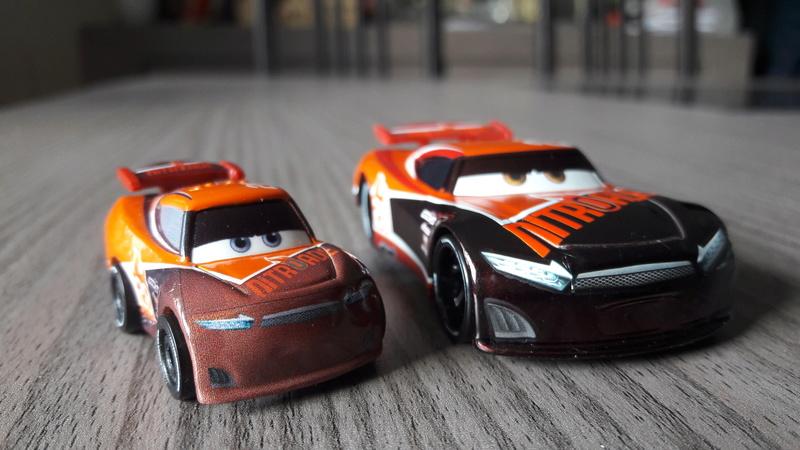 """Mini Racers Diecast : """" Le côté Miniature de la Force """" 20171152"""