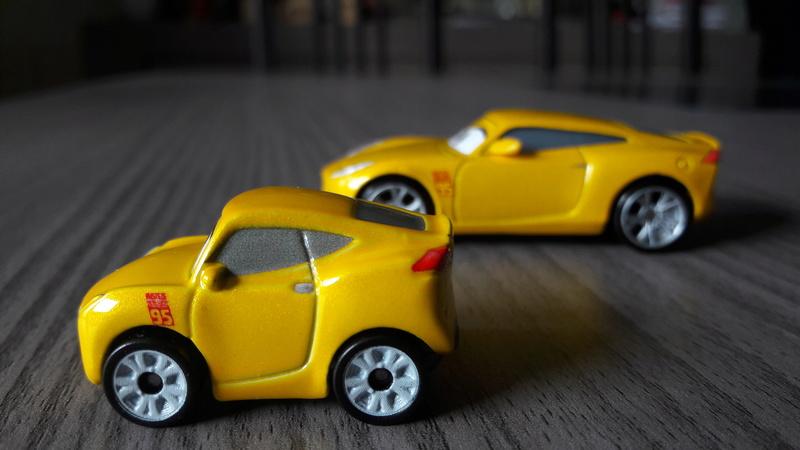 """Mini Racers Diecast : """" Le côté Miniature de la Force """" 20171153"""