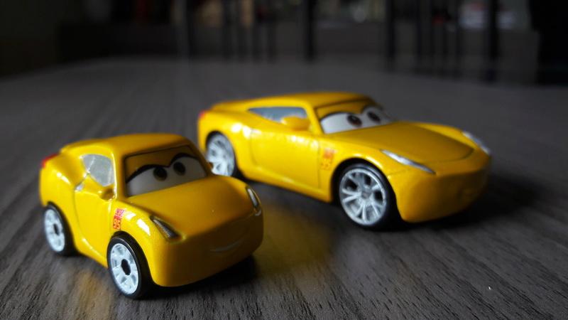 """Mini Racers Diecast : """" Le côté Miniature de la Force """" 20171154"""