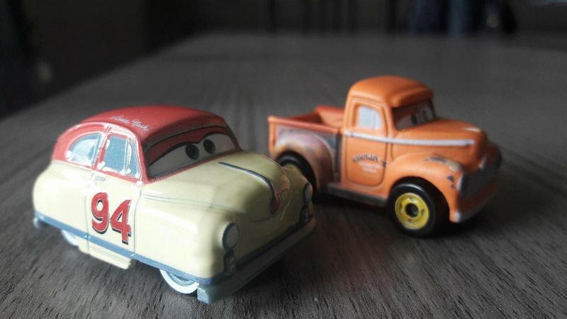 """Mini Racers Diecast : """" Le côté Miniature de la Force """" - Page 2 24650910"""