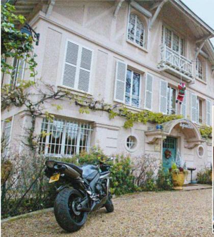 La Savannah, cette résidence de Marnes-La-Coquette à vendre Johnny10