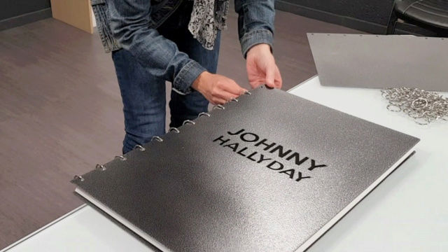 [livre] Livre XXL Johnny Hallyday Un-liv10