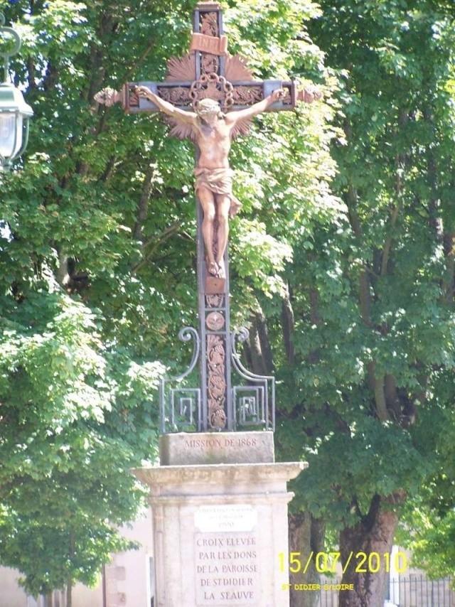 Crucifix 100_3910