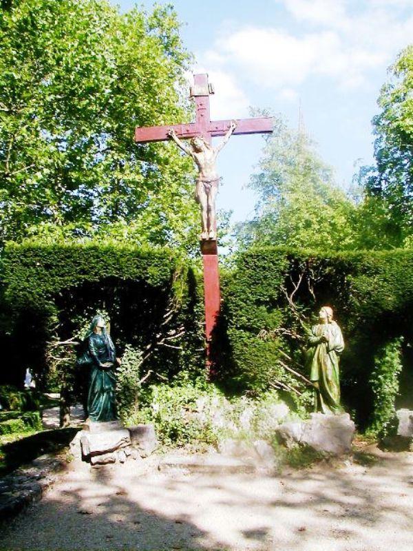 Crucifix 14221s10