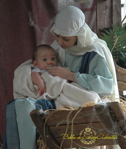 La virgen Maria y Jesus La_vir23