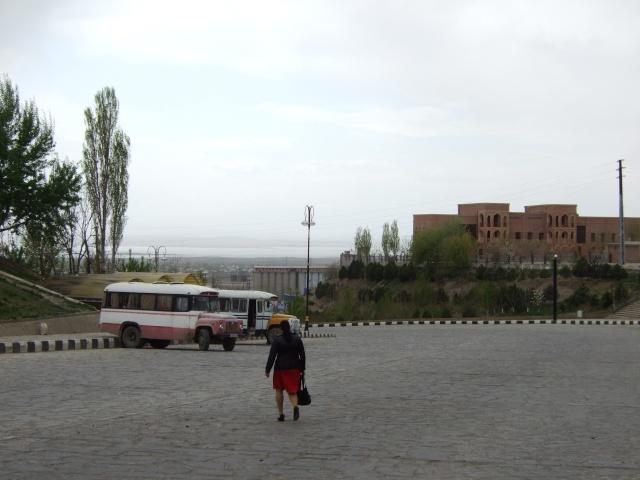 Abécédaire de voyage. Azerbaïdjan-Iran. Avril 2009. - Page 4 Dscf6417