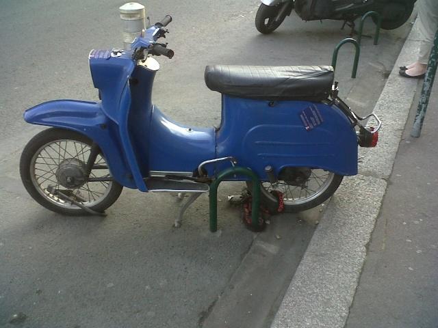 Scooter Simson vu sur Vincennes Img00617