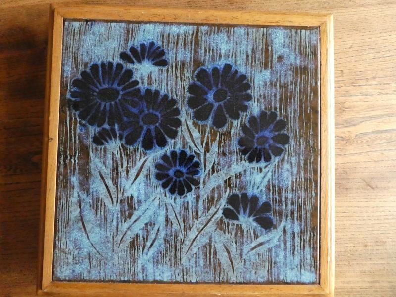Large Art Tile P1030122