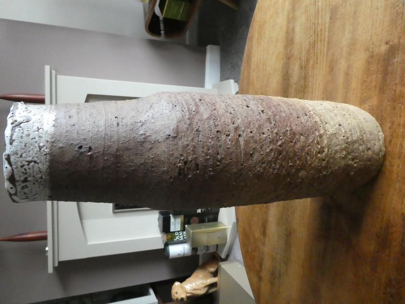 Heavily Grogged studio vase P1030130