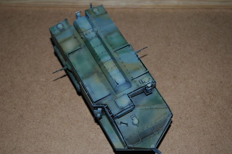 Le Schneider Ca Armored de Hobby Boss au 1/35ème Dsc_0016