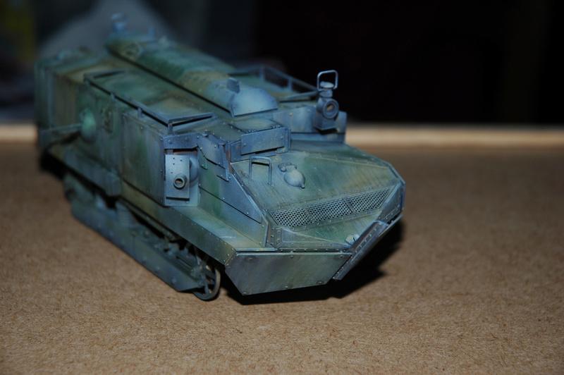 Le Schneider Ca Armored de Hobby Boss au 1/35ème Dsc_0017