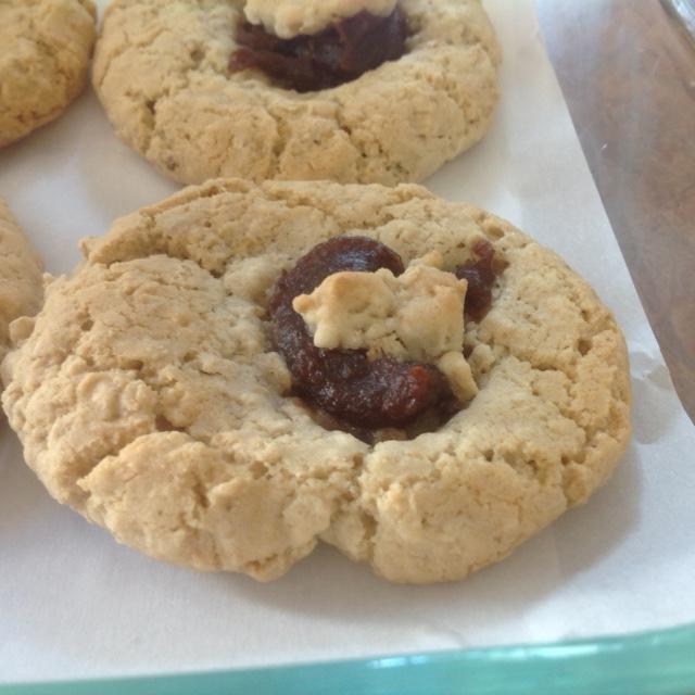 Biscuits a l'avoine et sa délicieuse garniture aux dattes Img_0325