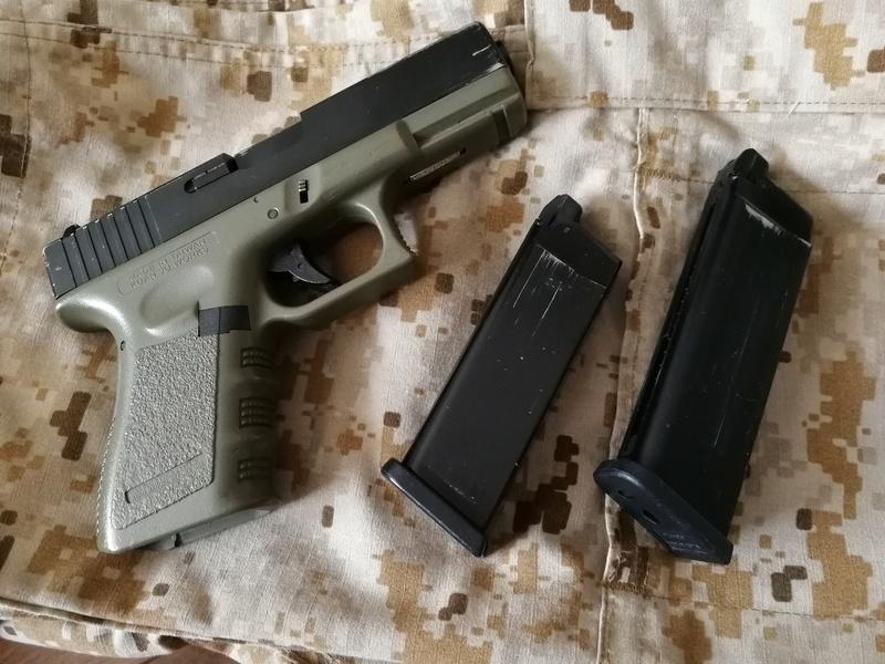 Glock 32 VENDU Img_2013