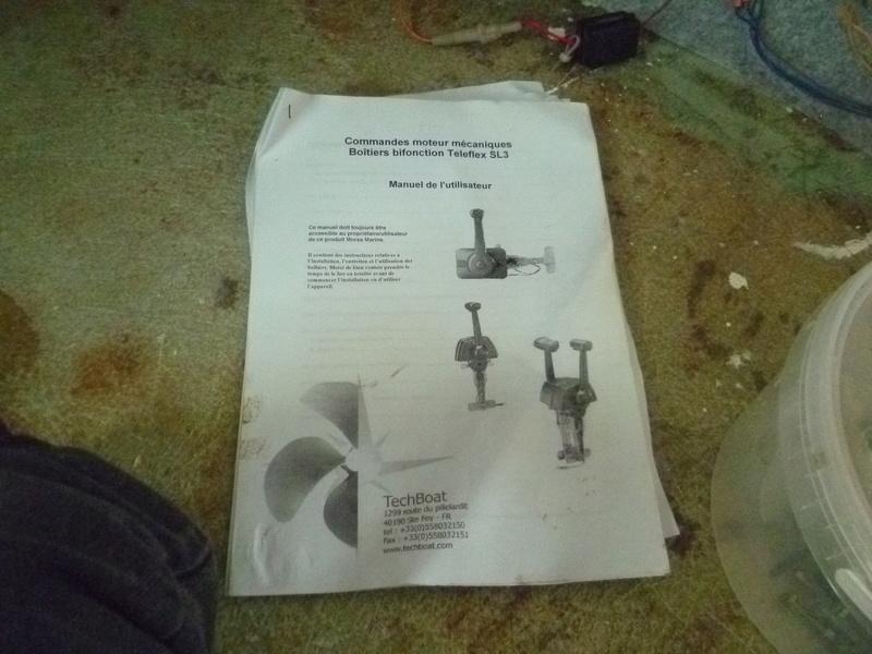 Démontage d'un bateau a moteur et réfection totale - Page 2 P1050825