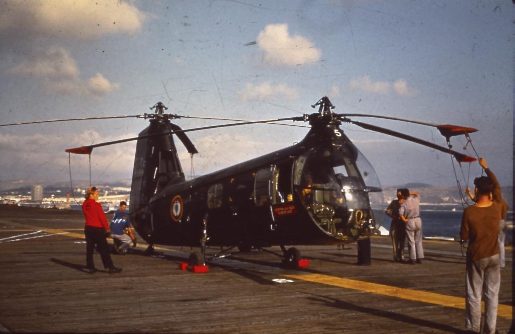 Les 100 ans de l'aéronautique navale Pict0011