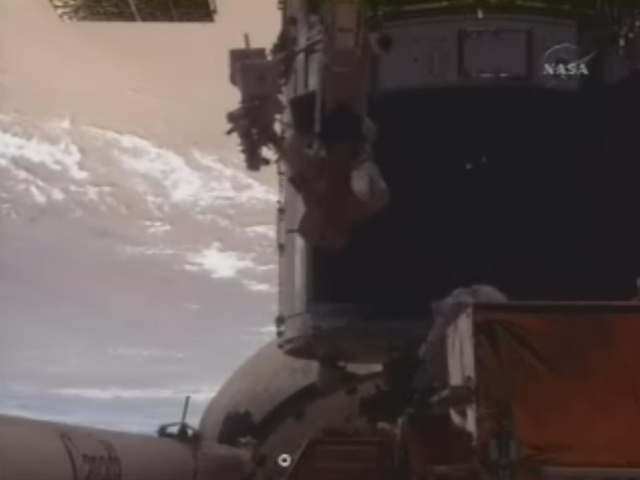 [STS-125] EVA - 2 0111