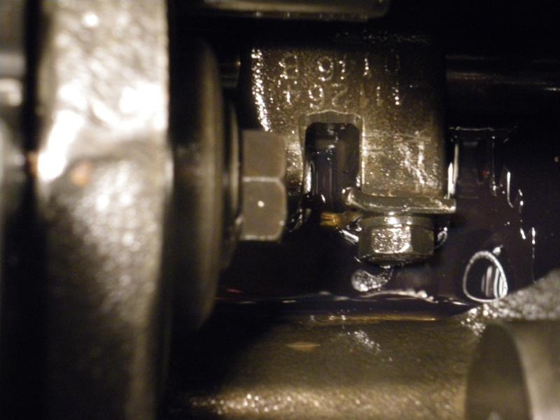 U421 ou U406 - Boite G - couvercle de sélection - patte trop courte 2011-014