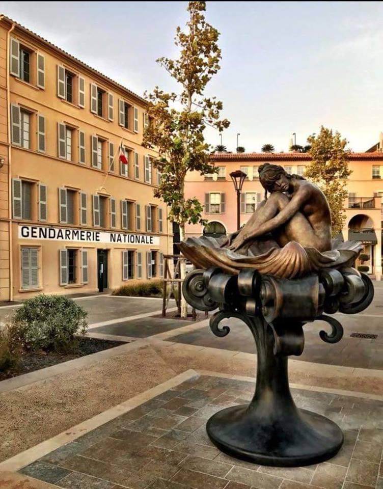 Statue de Brigitte Bardot à St Tropez Bb25810