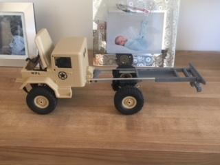[WPL] Présentation et modifs du petit truck 1/16 Img_1410