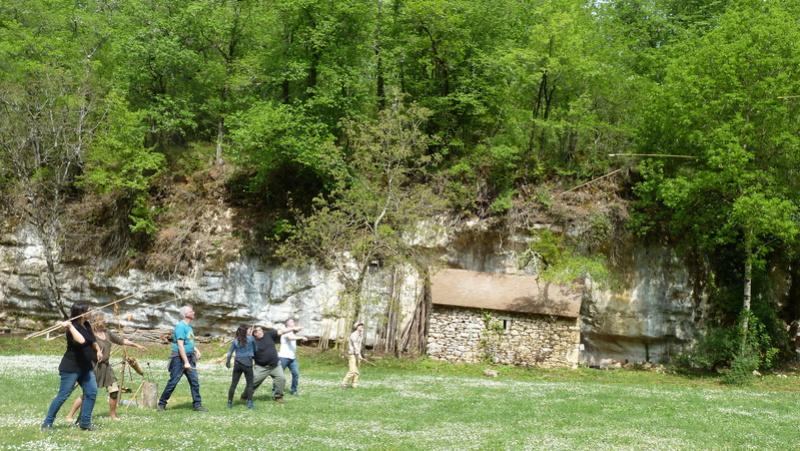 Rencontres Printemps 2018 à Castel Merle - Page 4 P1100513