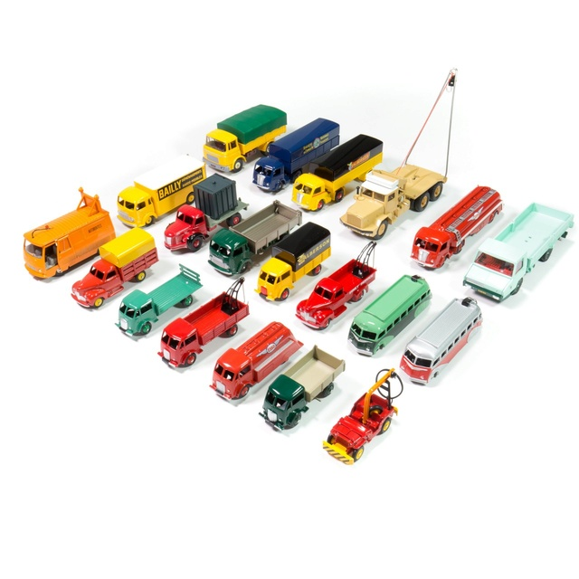 """""""Falsi"""" Miti - Dinky Toys Collection  Camion11"""