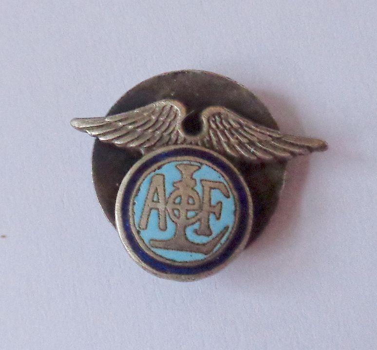 identification de trois insignes  Dsc02219