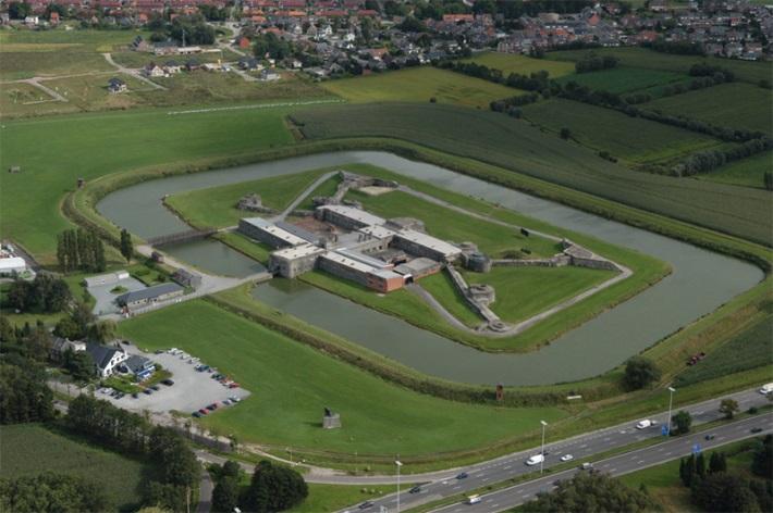 100 lieux à voir en Belgique - Page 2 72063010