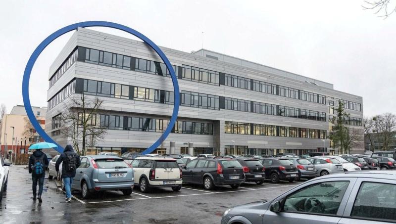 L'anneau du bâtiment de la chimie et de la biotechnologie de l'Université de Darmstadt (Allemagne) 73147110