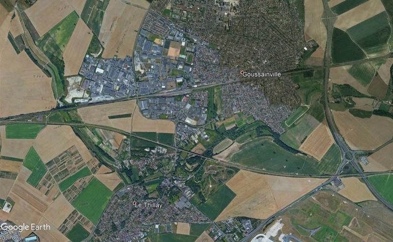 Comment les satellites prennent leurs images? Aéroport de Roissy (France) Avion10