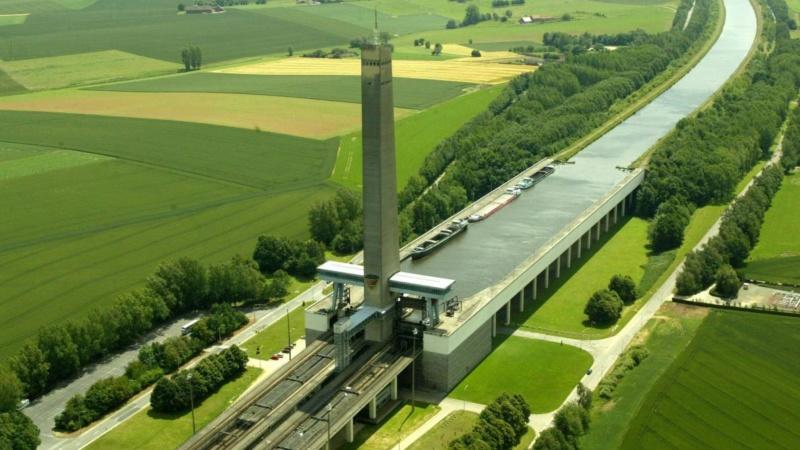 100 lieux à voir en Belgique B9718210