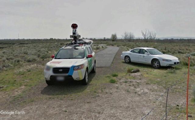 STREET VIEW : la Google car dans tous ses états ! - Page 11 Car11