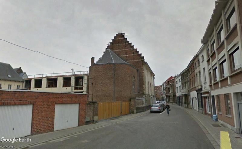 Les bâtiments qui changent de fonction    - Page 2 Chapel11