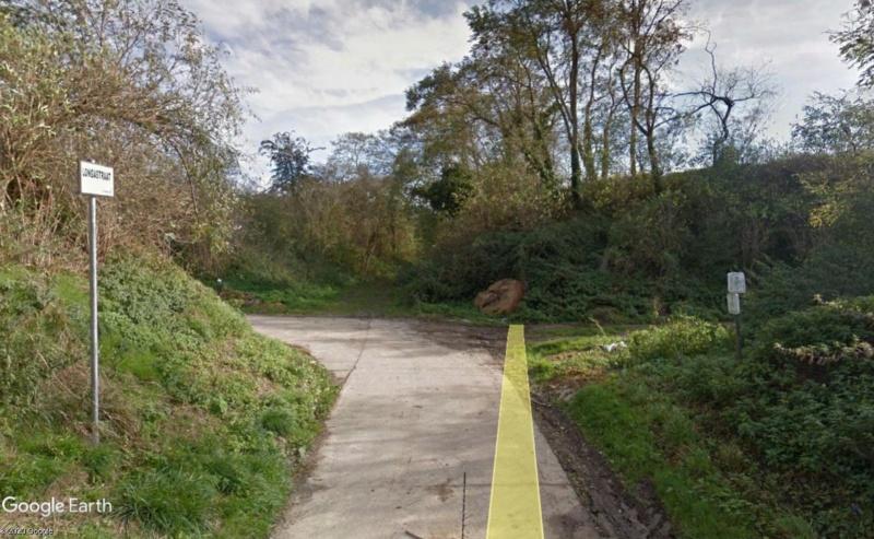 Street View: Les étrangetés du patrimoine wallon. - Page 3 Chemin11