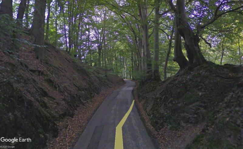 Street View: Les étrangetés du patrimoine wallon. - Page 3 Chemin12